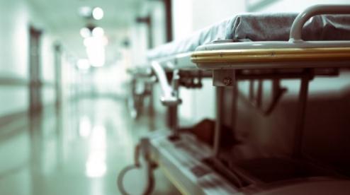 Из-за неверного диагноза в больнице Первоуральска скончалась девушка
