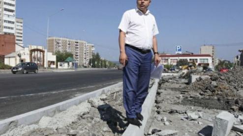 И.о. замглавы Ялты Артура Гузаирова допросят свердловские силовики