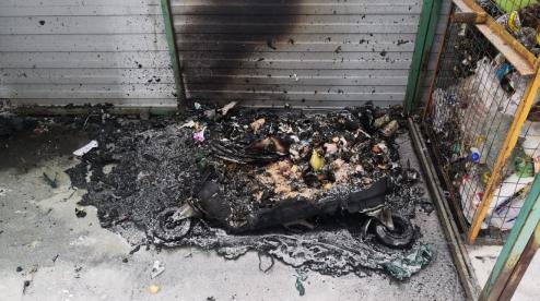 В Первоуральск на месте сгоревших мусорных контейнеров, скоро установят новые баки