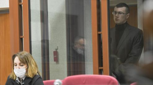 На суде в Первоуральске обвиняемый оскорбил семью убитой женщины