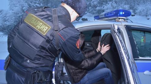 Четверо грабителей в Первоуральске приманивали жертв при помощи девушки