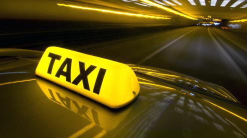 Таксист с Первоуральска похитил дочь и увез ее в Казань