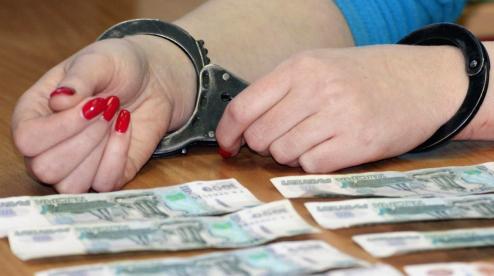 В Первоуральске вновь будут рассматривать дело сотрудницы мэрии, которая оформляла кредиты на коллег