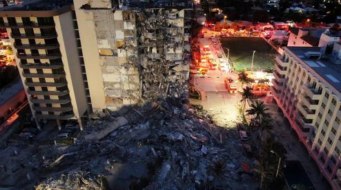 Байден объявил режим ЧС во Флориде после обрушения дома