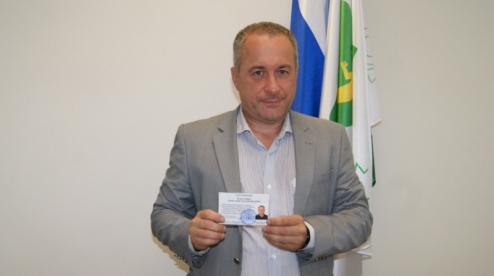 Зарегистрирован первый по Первоуральскому округу кандидат в Госдуму