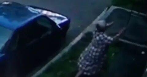 Жительница Новокузнецка поймала выпавшего из окна ребенка. Видео