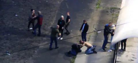 В Екатеринбурге после массовой драки скончался мужчина