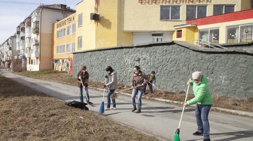 В Первоуральске объявлены городские субботники