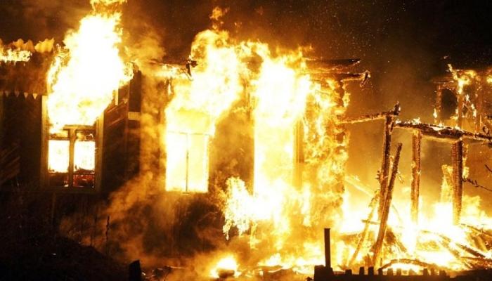 В Первоуральске в огне погиб ребонок