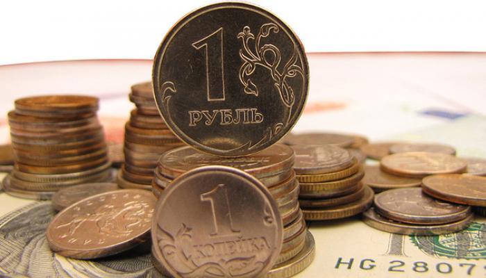 Глава МЭР: август является одним из самых слабых месяцев для рубля