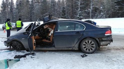 В ДТП на трассе «Пермь-Екатеринбург» пострадали 4 человека