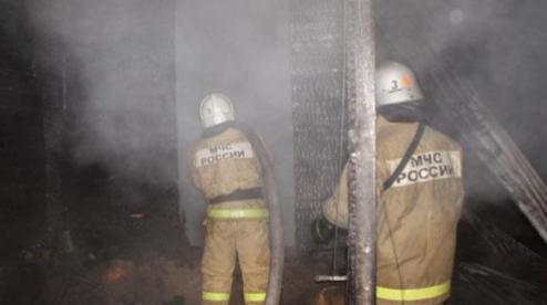 Жителей многоэтажки на улице 1 мая разбудил пожар