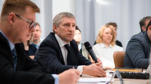 Бывший глава Первоуральска Валерий Хорев дает показания по «делу Гартмана»