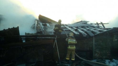 Крупный пожар ликвидировали в Первоуральске